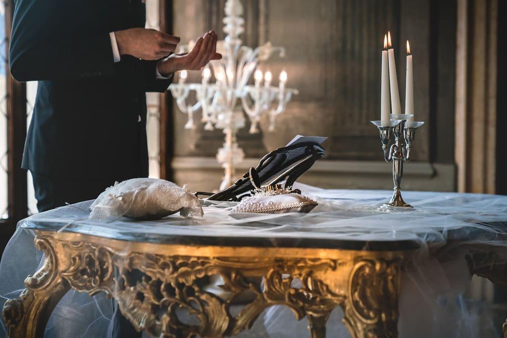 romantic wedding in a venetian palace
